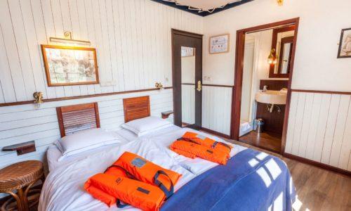 Nos vacances en belgique sur un bateau